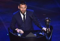 ستاره آرژانتینی بر بام فوتبال؛ لیونل مسی مرد سال فوتبال جهان شد