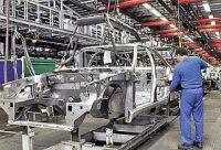 رئیس کل بانک مرکزی: تا کی باید خودروسازی فشل ادامه یابد